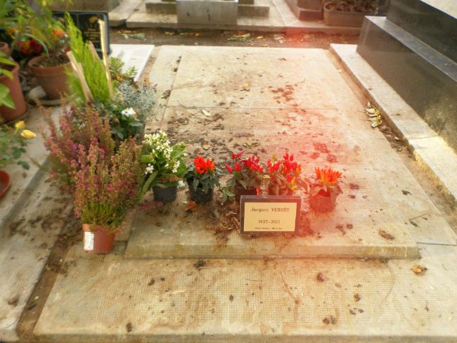 Jacques Vergès mezarı